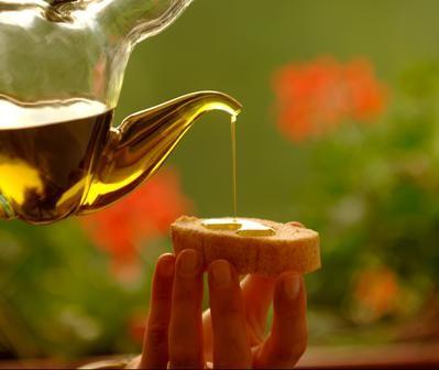 Sembra che l'olio d'oliva stimoli la sazietà